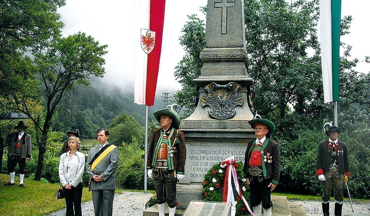 Chronik | Geschichtliches zum Bezirk Brixen und seinen Schützen